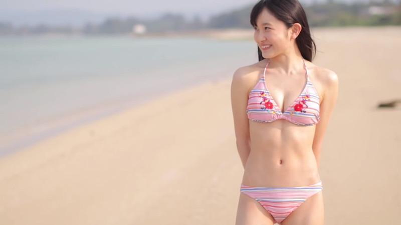 【森戸知沙希エロ画像】モー娘14期美少女アイドルのまだ幼さが残るグラビア写真 07