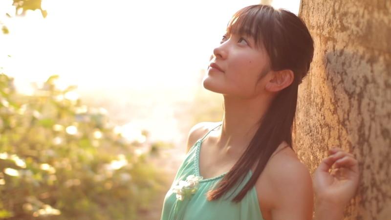 【森戸知沙希エロ画像】モー娘14期美少女アイドルのまだ幼さが残るグラビア写真 13
