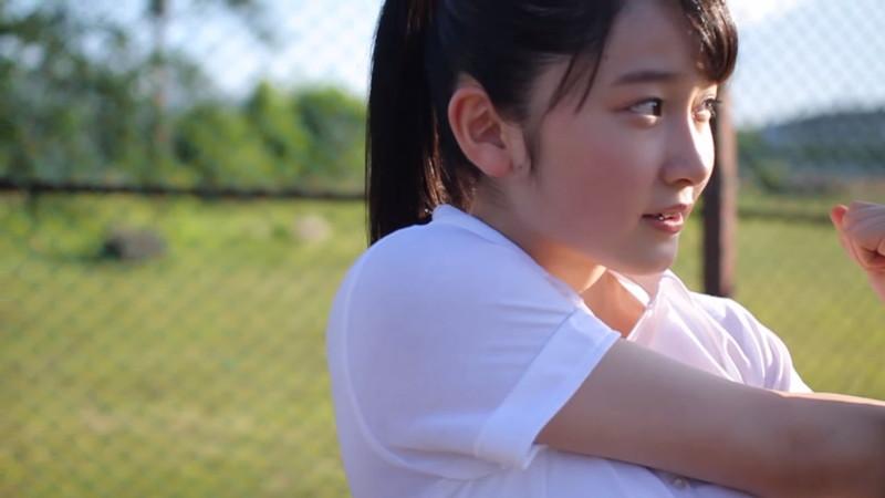 【森戸知沙希エロ画像】モー娘14期美少女アイドルのまだ幼さが残るグラビア写真 16