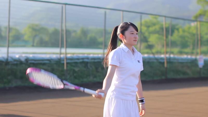 【森戸知沙希エロ画像】モー娘14期美少女アイドルのまだ幼さが残るグラビア写真 18