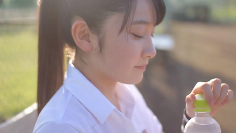 【森戸知沙希エロ画像】モー娘14期美少女アイドルのまだ幼さが残るグラビア写真 20