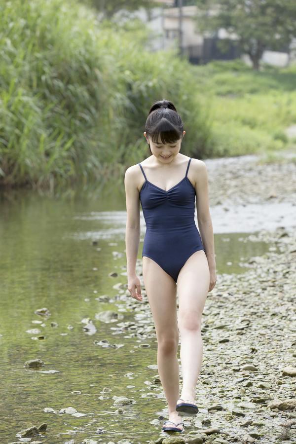 【森戸知沙希エロ画像】モー娘14期美少女アイドルのまだ幼さが残るグラビア写真 35
