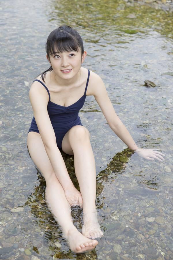 【森戸知沙希エロ画像】モー娘14期美少女アイドルのまだ幼さが残るグラビア写真 39