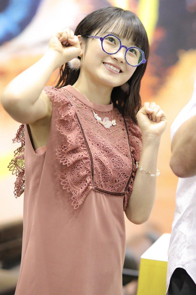 【森戸知沙希エロ画像】モー娘14期美少女アイドルのまだ幼さが残るグラビア写真 68