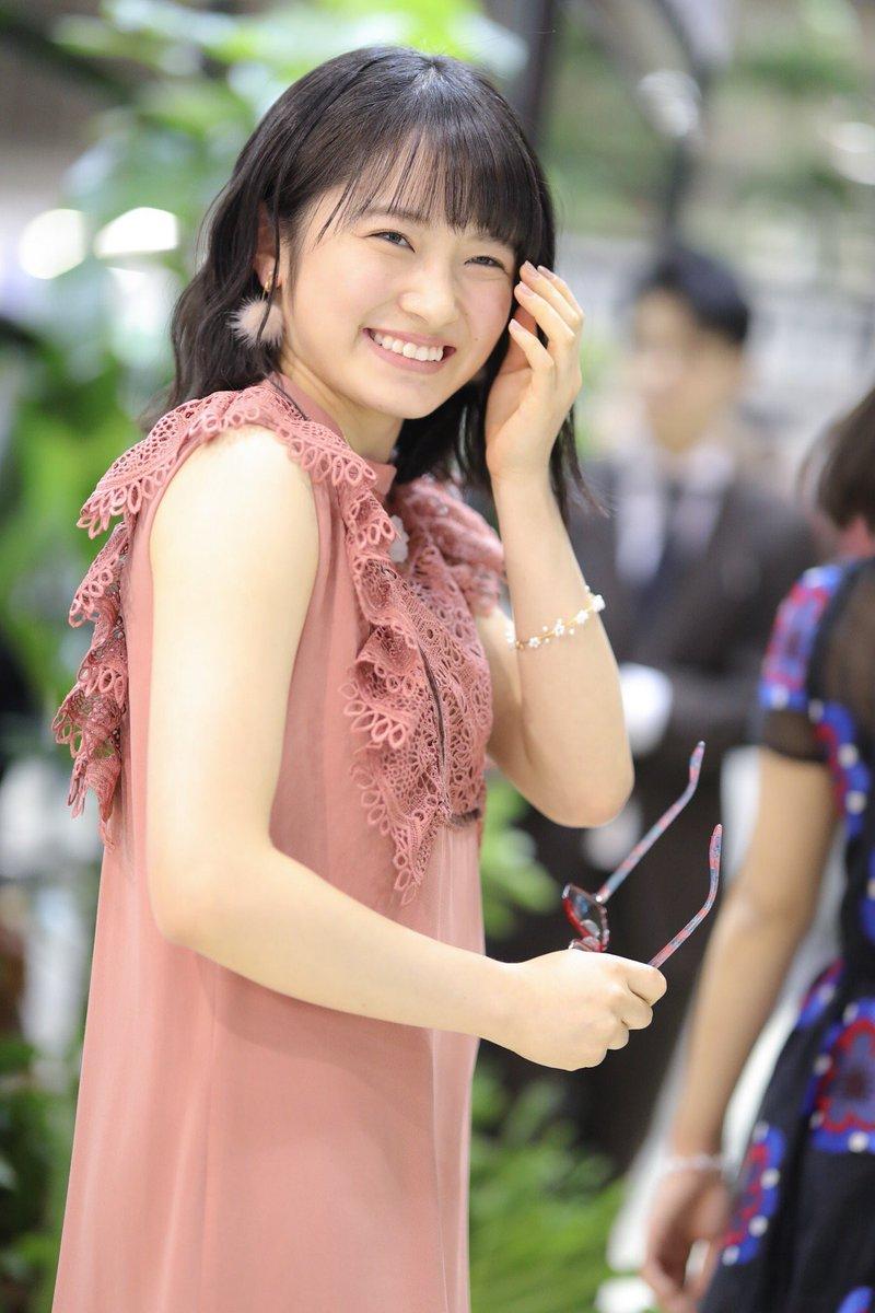 【森戸知沙希エロ画像】モー娘14期美少女アイドルのまだ幼さが残るグラビア写真 69