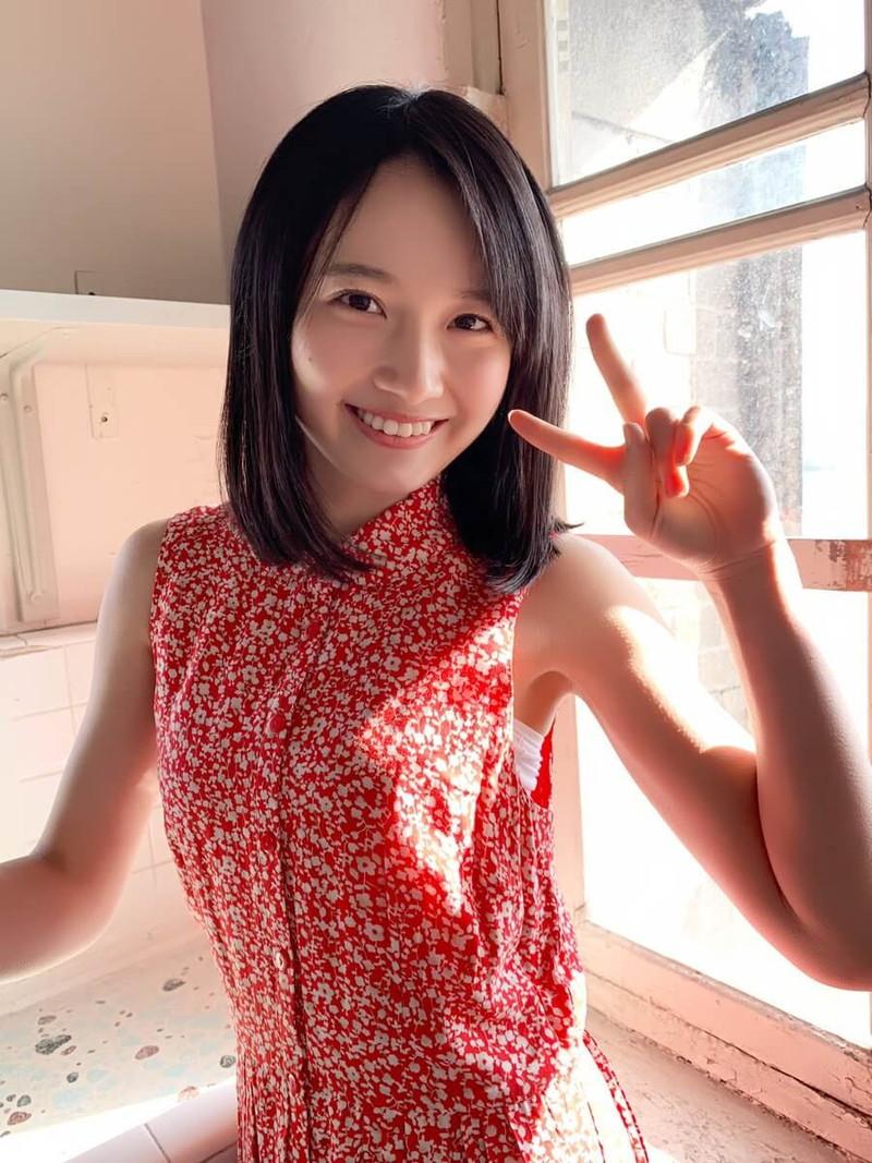 【森戸知沙希エロ画像】モー娘14期美少女アイドルのまだ幼さが残るグラビア写真 75