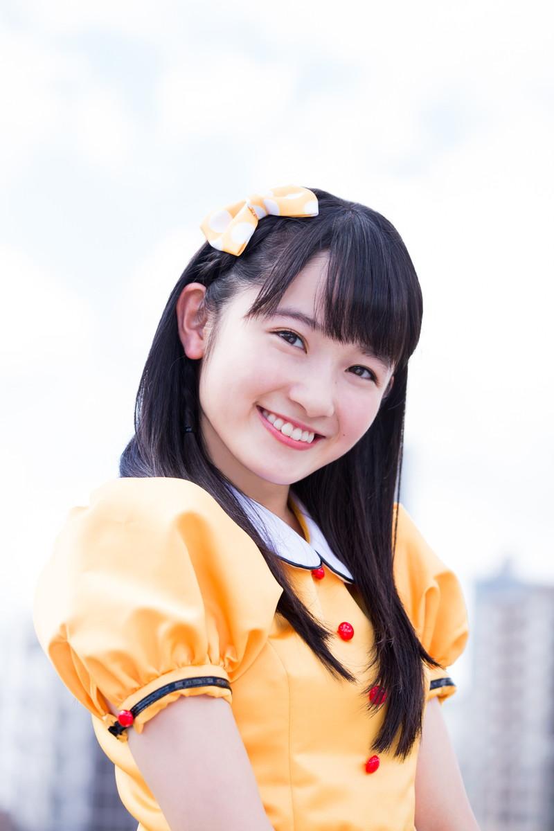 【森戸知沙希エロ画像】モー娘14期美少女アイドルのまだ幼さが残るグラビア写真 76