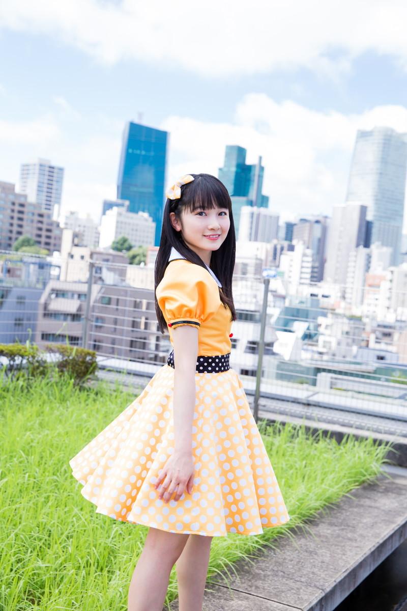 【森戸知沙希エロ画像】モー娘14期美少女アイドルのまだ幼さが残るグラビア写真 77