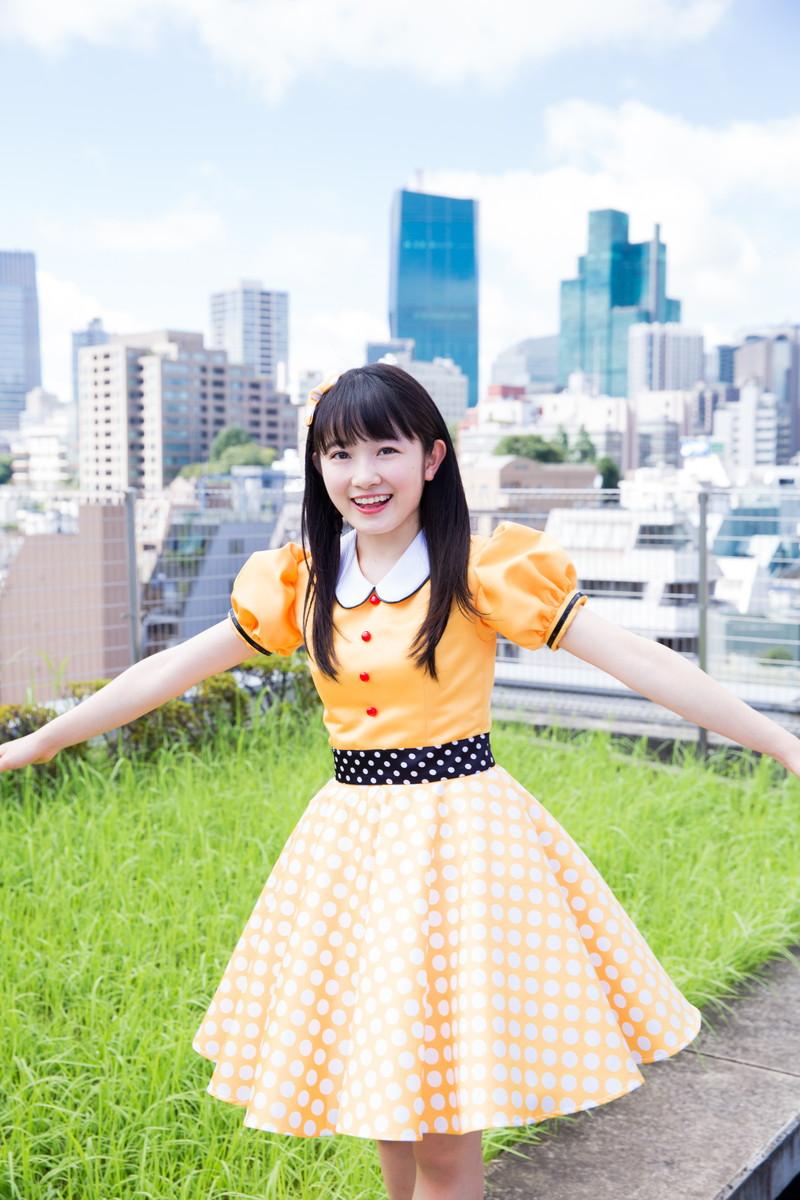 【森戸知沙希エロ画像】モー娘14期美少女アイドルのまだ幼さが残るグラビア写真 78