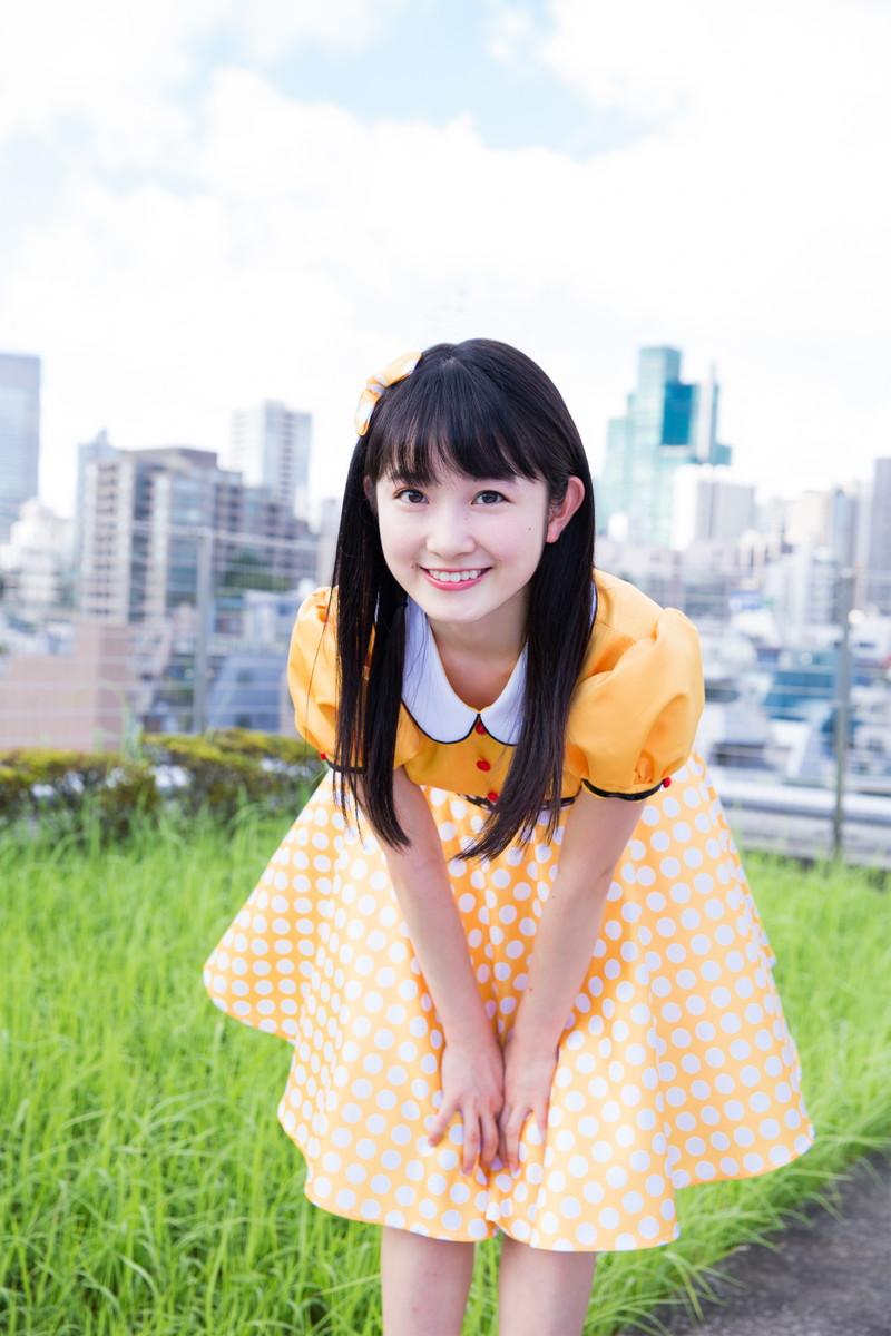 【森戸知沙希エロ画像】モー娘14期美少女アイドルのまだ幼さが残るグラビア写真 79