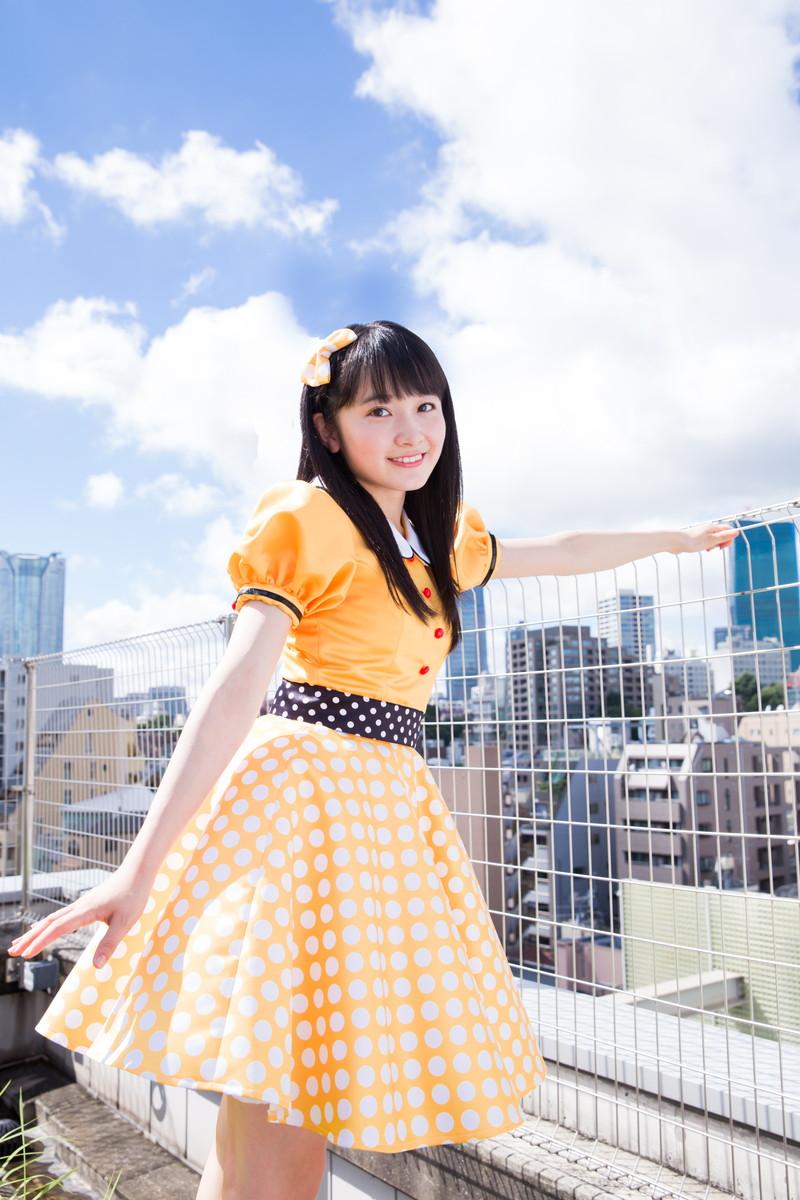 【森戸知沙希エロ画像】モー娘14期美少女アイドルのまだ幼さが残るグラビア写真 80