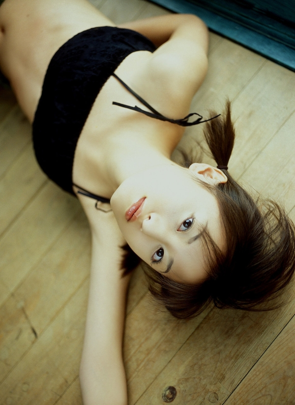 【松本まりか濡れ場画像】19歳で芸能界デビューしたベテラン女優のセックスシーン 52
