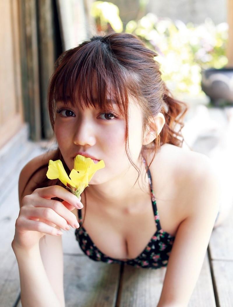 【松川菜々花キャプ画像】ファッションモデルが水着姿を地上波で披露する貴重シーン! 79
