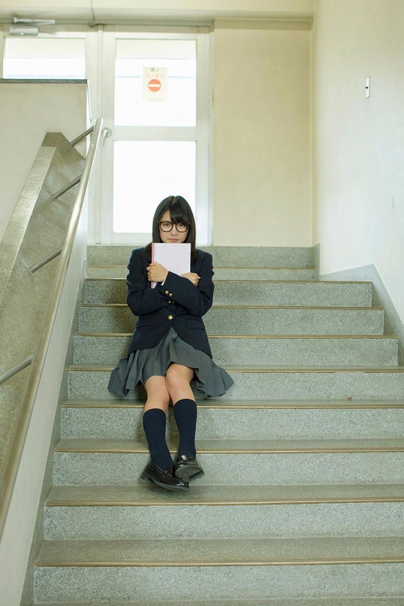 【松永有紗グラビア画像】地味なメガネをかけても美少女ってめっちゃ映えるなぁw 08