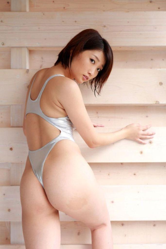 【三花愛良グラビア画像】プリっと大きなお尻がめちゃシコな高身長エロボディ 59