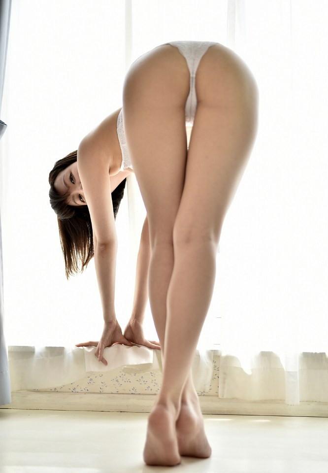 【萌木七海グラビア画像】憧れの芸能界に入ったらエロいグラビアを撮るハメに!? 08