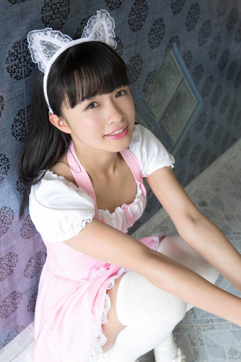 【百川晴香グラビア画像】Bカップ微乳の美少女グラドルが乳寄せすると意外と大きいw 31