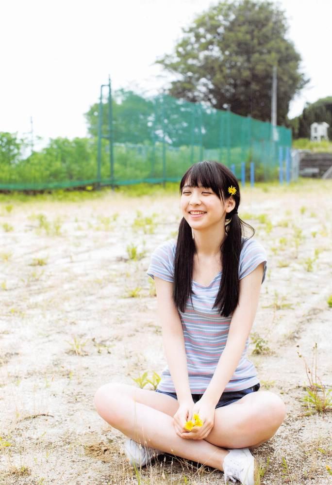 【松岡菜摘グラビア画像】めっちゃ細くてクビレた身体がエロい美少女アイドル 13