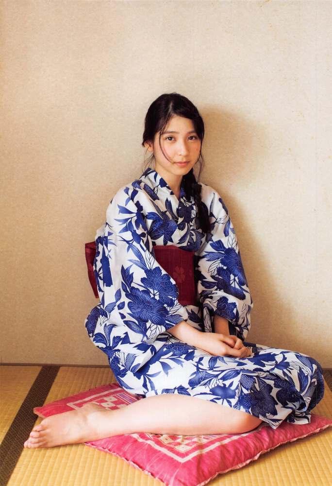 【松岡菜摘グラビア画像】めっちゃ細くてクビレた身体がエロい美少女アイドル 21