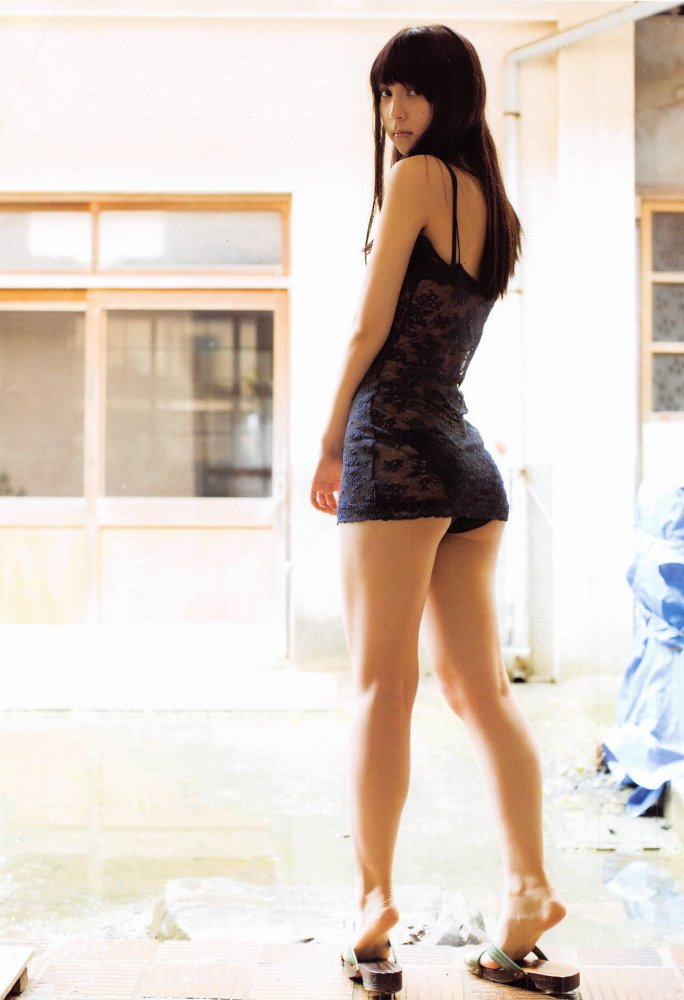【松岡菜摘グラビア画像】めっちゃ細くてクビレた身体がエロい美少女アイドル 29