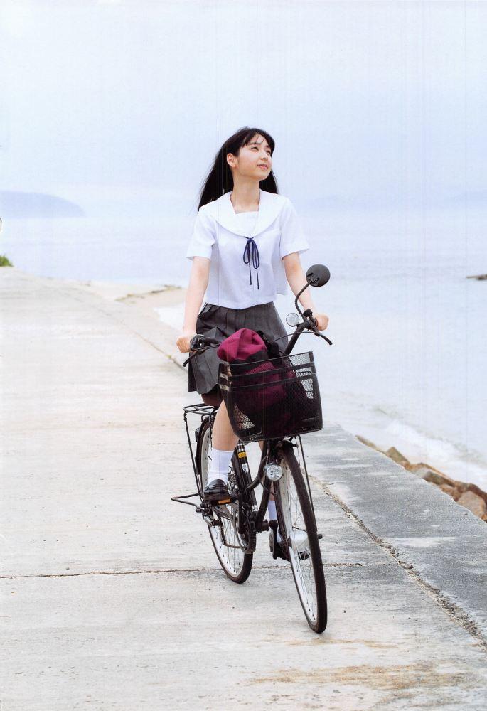 【松岡菜摘グラビア画像】めっちゃ細くてクビレた身体がエロい美少女アイドル 46