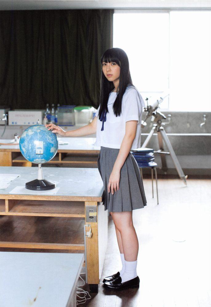 【松岡菜摘グラビア画像】めっちゃ細くてクビレた身体がエロい美少女アイドル 48