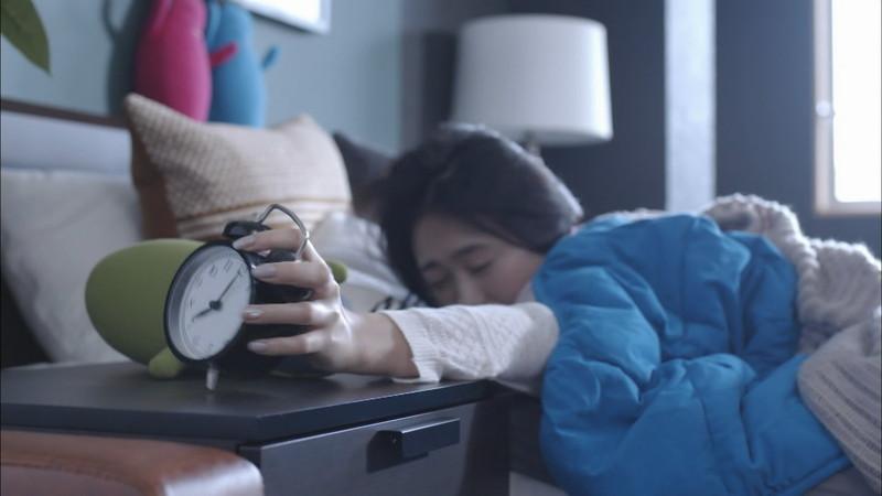 【緑川静香キャプ画像】貧乏女優を売りにしてテレビ出演していた女優の尻アップw 62