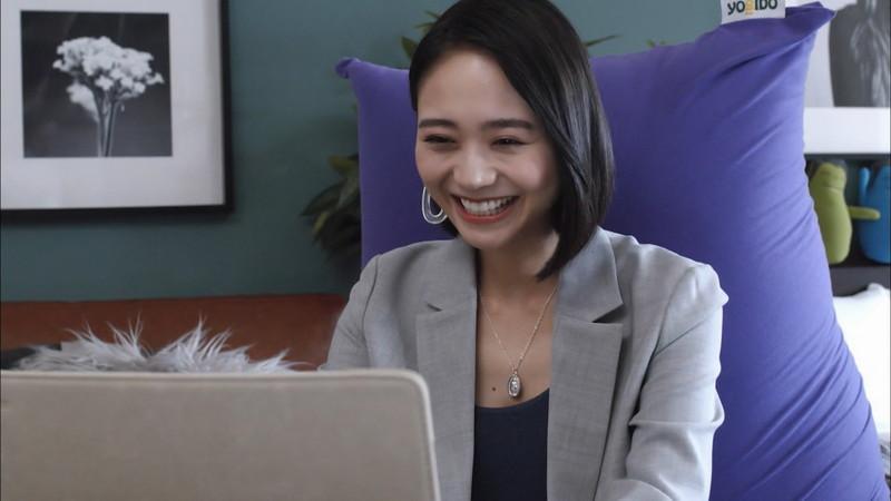 【緑川静香キャプ画像】貧乏女優を売りにしてテレビ出演していた女優の尻アップw 66