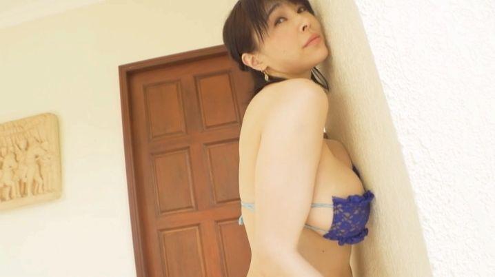 【松坂南濡れ場画像】AVみたいなセックスシーンを撮ってるLカップ爆乳グラドル 20