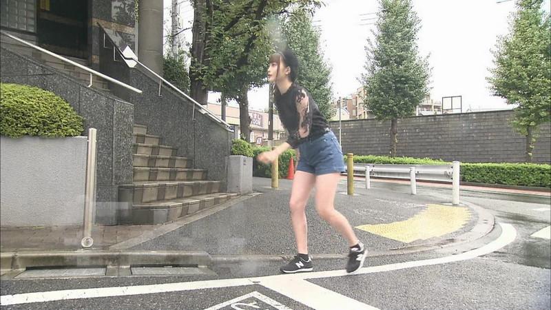 【新谷姫加キャプ画像】ジュニアアイドル出身の可愛いグラドルが全力疾走チャレンジ! 03