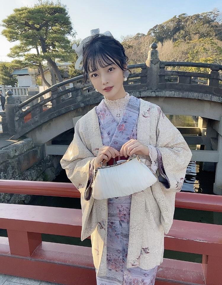 【新谷姫加キャプ画像】ジュニアアイドル出身の可愛いグラドルが全力疾走チャレンジ! 48