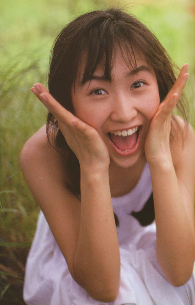 【森口博子お宝画像】ガンダム歌手として人気の歌姫が昔撮ってたセミヌード! 30
