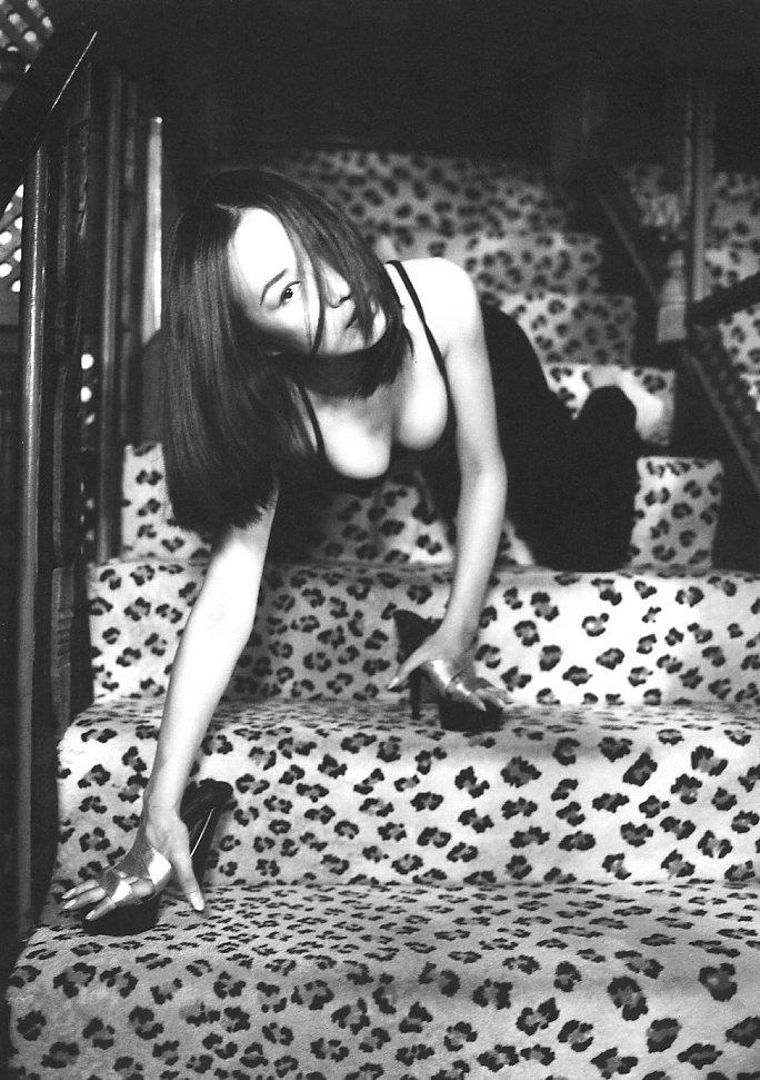【森口博子お宝画像】ガンダム歌手として人気の歌姫が昔撮ってたセミヌード! 60