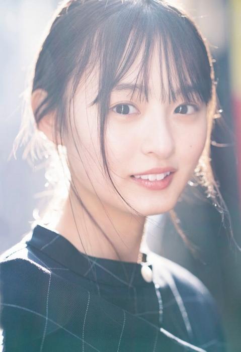【遠藤さくらキャプ画像】ファッション雑誌の専属モデルに抜擢された乃木坂アイドル 61