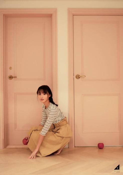 【遠藤さくらキャプ画像】ファッション雑誌の専属モデルに抜擢された乃木坂アイドル 68