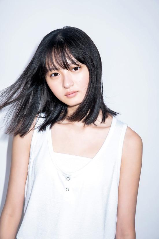 【遠藤さくらキャプ画像】ファッション雑誌の専属モデルに抜擢された乃木坂アイドル 74