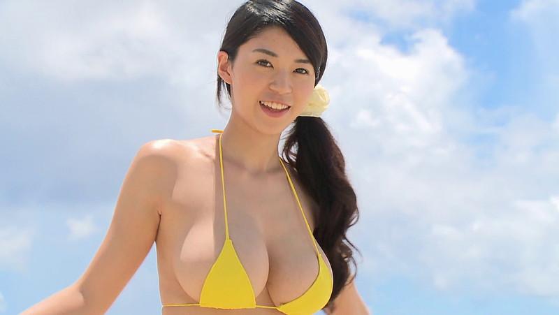 【三浦はづきキャプ画像】はみ出すHカップから繰り出す寄せ乳でパイズリしたい! 11