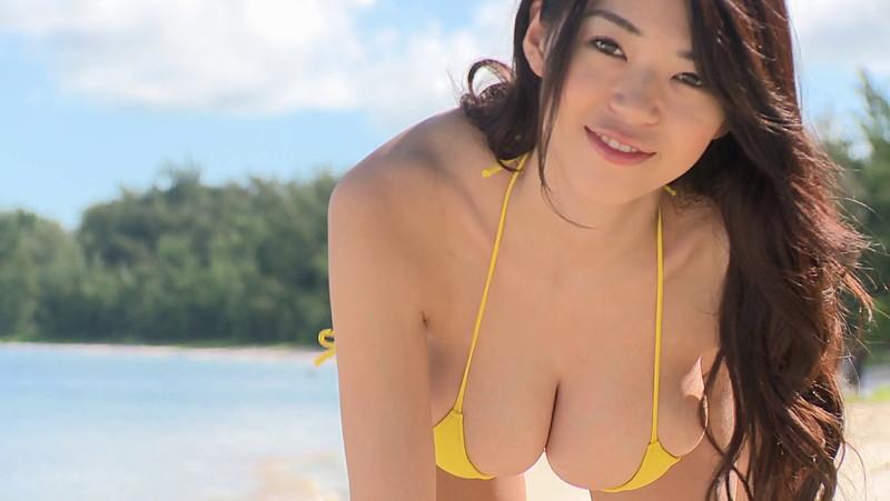 【三浦はづきキャプ画像】はみ出すHカップから繰り出す寄せ乳でパイズリしたい! 15