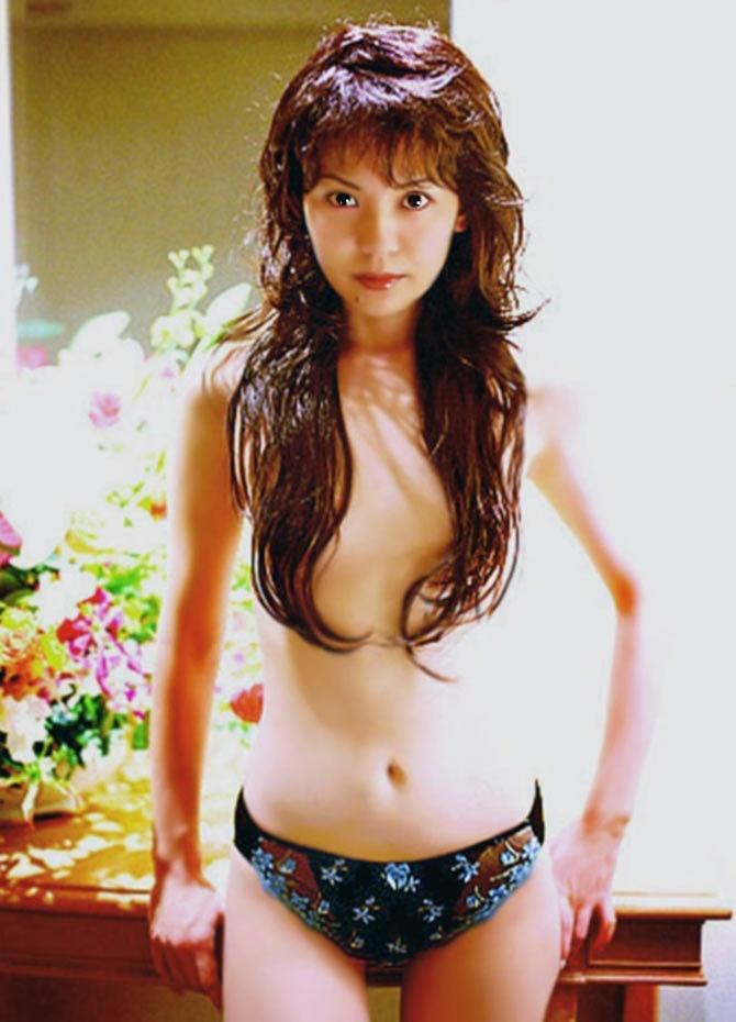 【南野陽子お宝画像】ナンノの艶めかしい濡れ場シーンと懐かしい水着姿! 31