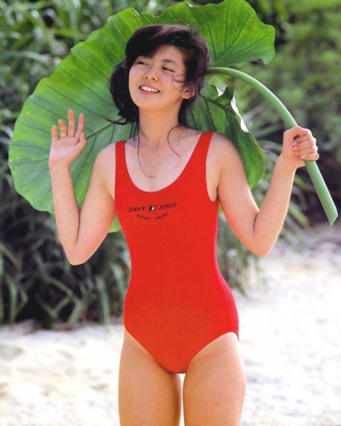 【南野陽子お宝画像】ナンノの艶めかしい濡れ場シーンと懐かしい水着姿! 54