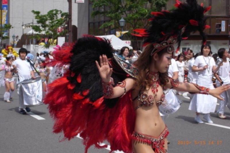 【サンバカーニバルエロ画像】見られたい欲を満たしたくて毎年現れる露出痴女wwww 10