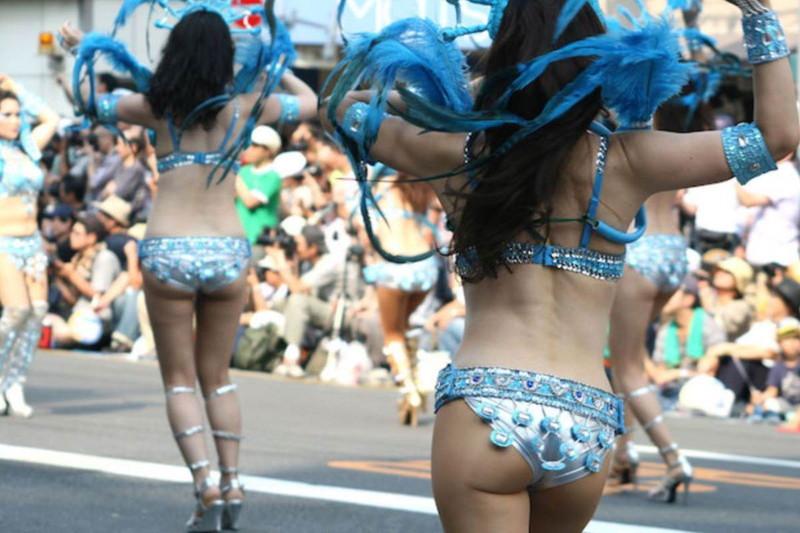 【サンバカーニバルエロ画像】見られたい欲を満たしたくて毎年現れる露出痴女wwww 14