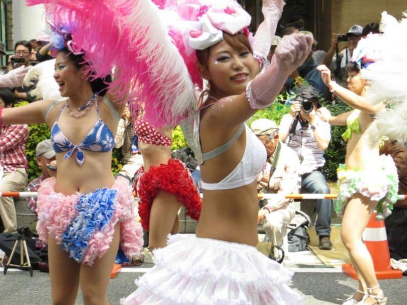 【サンバカーニバルエロ画像】見られたい欲を満たしたくて毎年現れる露出痴女wwww 21