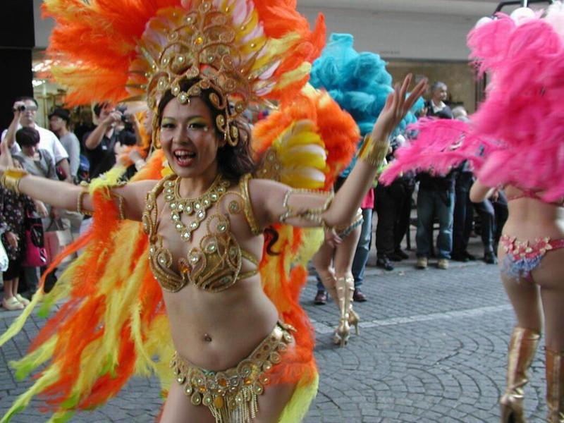 【サンバカーニバルエロ画像】見られたい欲を満たしたくて毎年現れる露出痴女wwww 24