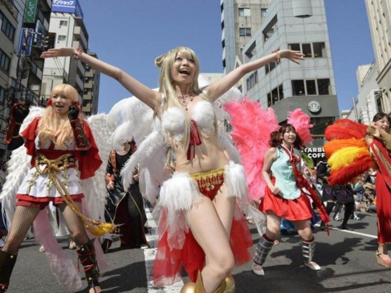 【サンバカーニバルエロ画像】見られたい欲を満たしたくて毎年現れる露出痴女wwww 26