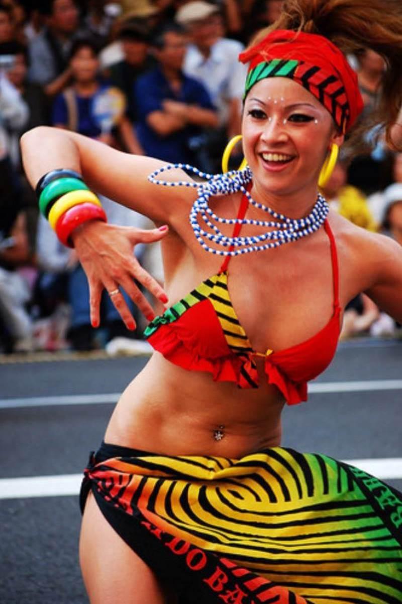 【サンバカーニバルエロ画像】見られたい欲を満たしたくて毎年現れる露出痴女wwww 55