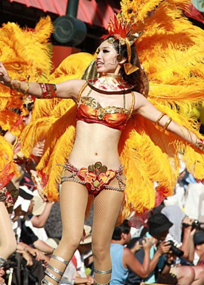 【サンバカーニバルエロ画像】見られたい欲を満たしたくて毎年現れる露出痴女wwww 67