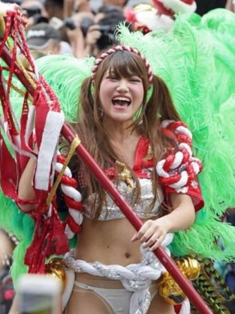 【サンバカーニバルエロ画像】見られたい欲を満たしたくて毎年現れる露出痴女wwww 80
