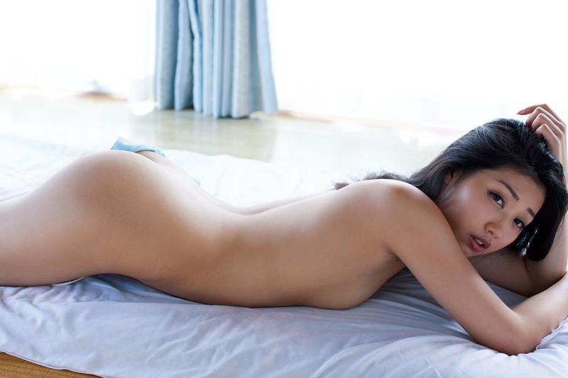 【あべみほグラビア画像】30歳を越えて妖艶な魅力に磨きがかかった歩くフェロモン熟女 28