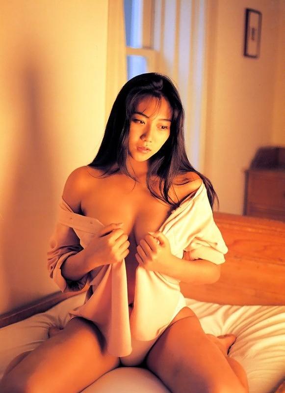 【松田千奈お宝画像】ギルガメでレギュラーしてたセクシーGカップグラドルの現在は? 23